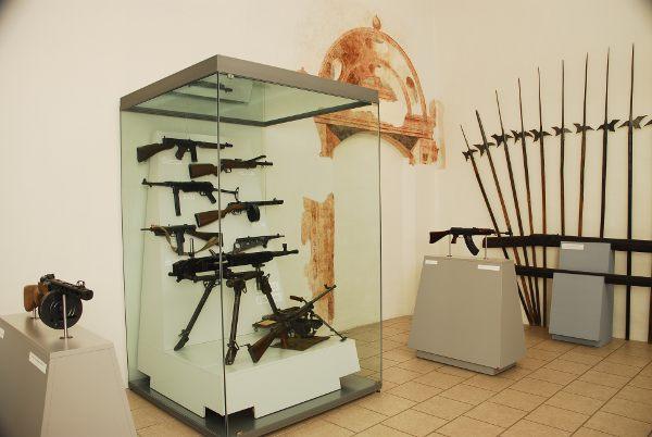 Východočeské muzeum v Pardubicích-expozice zbran