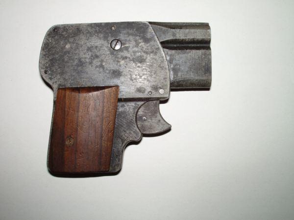 Pistole Scheintod