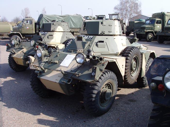 Daimler FV701 Ferret